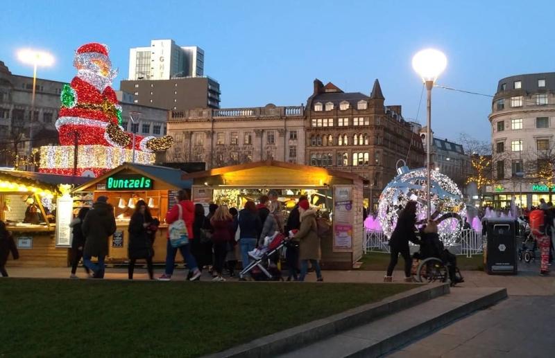 Dekorasi Natal di Pusat Kota Manchester